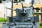 Blindado utilizado pelo ex�rcito brasileiro durante a II Grande Guerra, o avi�o Thunderbirth em segundo plano e o museu do Expedicion�rio ao fundo. <br/> <br/> Palavras-chave: segunda guerra, museu do expedicion�rio, poder, ideologia, pol�tica,