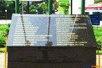 Nesta imagem, uma placa com a lista de nomes dos soldados paranaenses que morreram lutando na Segunda Guerra Mundial. <br/> <br/> palavras-chave: Segunda Guerra, expedicion�rios, pracinhas, museu do expedicion�rio, poder, ideologia, Multimeios.