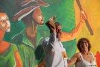 13º Encontro Nacional do MST  Homenageado Darcy Frigo, da Terra de Direitos  23/01/2009 - Entre os dias 20 e 24 de janeiro de 2009, uma grande festa marcou os 25 anos de lutas e conquistas do Movimento. O 13º Encontro Nacional do MST teve a participação de 1.500 Sem Terra e contou com a presença de representantes de diversos movimentos sociais, artistas, autoridades, estudantes, personalidades nacionais e internacionais. Todas as atividades aconteceram em Sarandi, no Rio Grande do Sul. <br/> <br/> Palavras-chave: movimentos sociais, MST, direito, cidadania, reforma agrária,