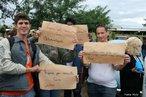 Romaria em manisfestação ao dia do trabalhador em Maringá. Cartazes denunciando mal atendimento em hospitais. <br/> <br/> Palavras-chave: direito, cidadania, movimentos sociais.