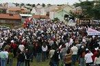 Romaria do trabalhador em Maringá - organizada pelo MST <br/> <br/> Palavras-chave: direito, cidadania, movimentos sociais, trabalho, produção, classes sociais, 1 de maio, trabalhador.