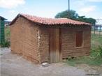 Casa de Taipa - Pernambuco- Brasil. Modelo de uma casa de taipa na Estação do Forró. <br/> <br/> Palavras-chave: casa de taipa, habitação, classes sociais, cultura, exclusão social, instituição familiar.